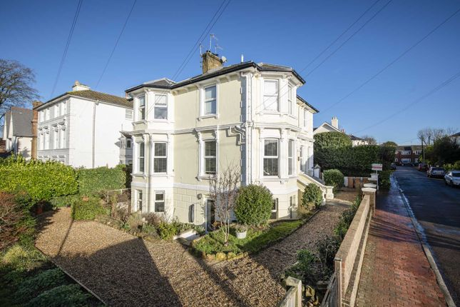 Thumbnail Flat for sale in Garlinge Road, Southborough, Tunbridge Wells