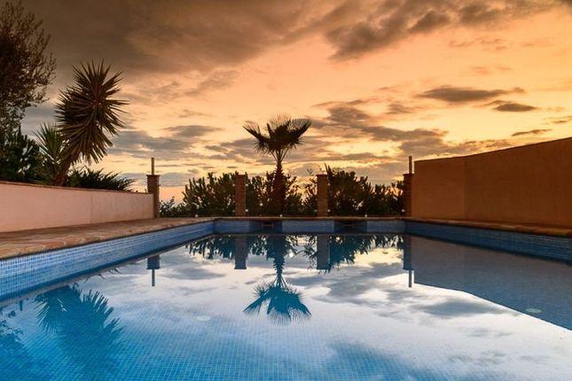 6 bed villa for sale in 29792 Cajiz, Málaga, Spain