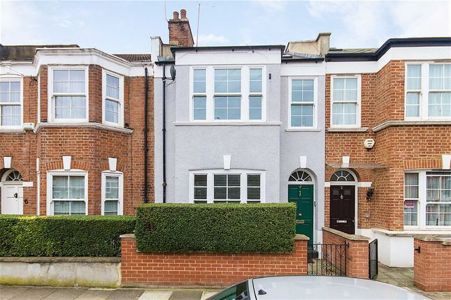3 bed flat to rent in Micklethwaite Road, London