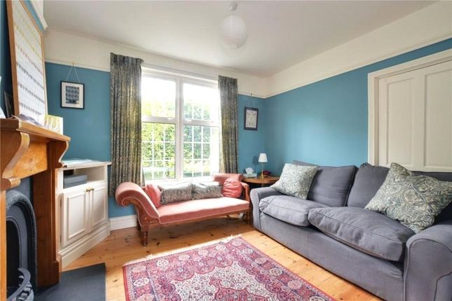 Lounge of Combedale Road, Greenwich, London SE10
