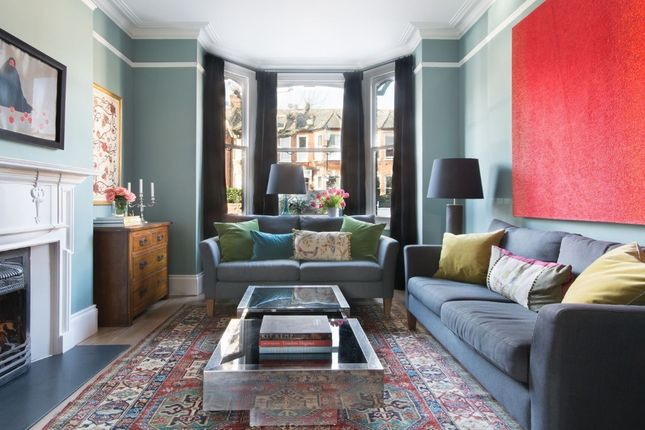 Property to rent in Oxford Gardens, London