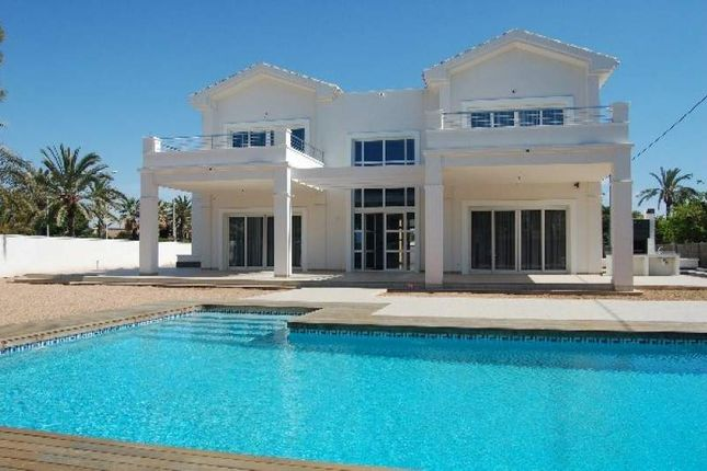 Thumbnail Villa for sale in Cabo Roig, Cabo Roig, Spain