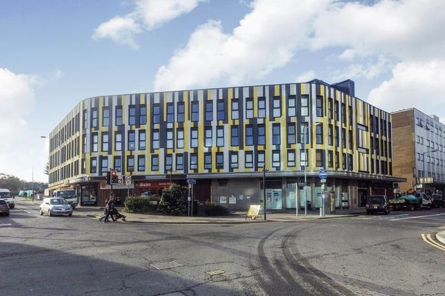1 bed flat for sale in Park Street, Luton