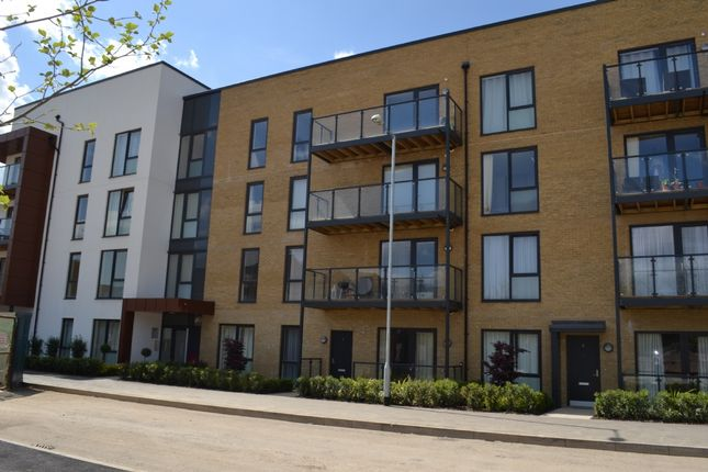 1 bed flat to rent in St. Clements Avenue, Romford
