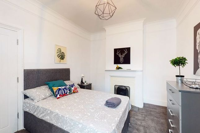 Thumbnail Room to rent in Green Street, Gillingham