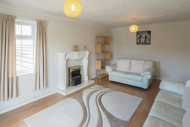 Lounge of Kingston Street, Marina, Hull, East Riding Of Yorkshire HU1