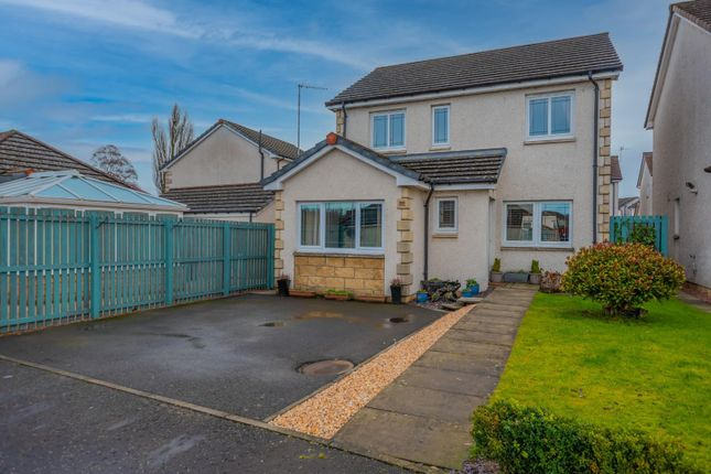 3 bed detached house for sale in Smithfield Meadows, Alloa FK10