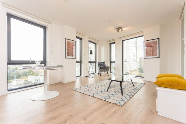 Thumbnail Flat for sale in Roosevelt Tower, Canary Wharf