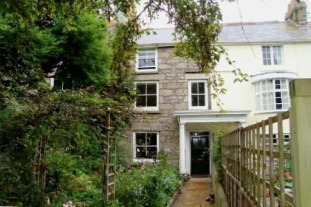 Thumbnail Property to rent in Wellington Place, Penzance
