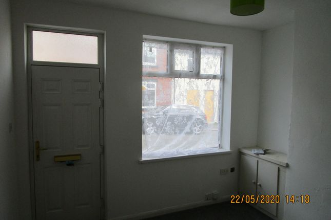 Lounge of Cavendish Road, Rotherham S61