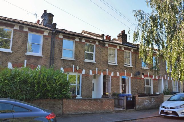 4 bed terraced house to rent in Kirkwood Road, Nunhead, London SE15