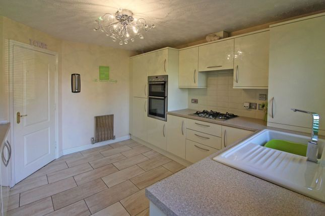 Thumbnail Flat for sale in Kings Loade, Bridgnorth