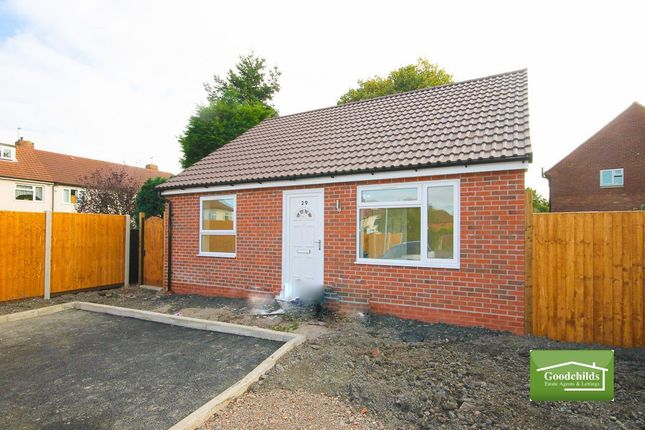 Thumbnail Bungalow to rent in Ripon Road, Alumwell, Walsall