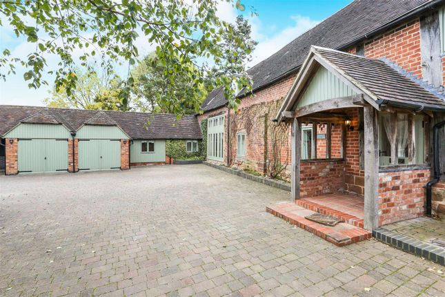 Thumbnail Barn conversion to rent in Birmingham Road, Kenilworth