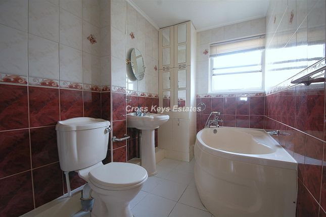 Bathroom of Rogate Drive, Plymouth PL6