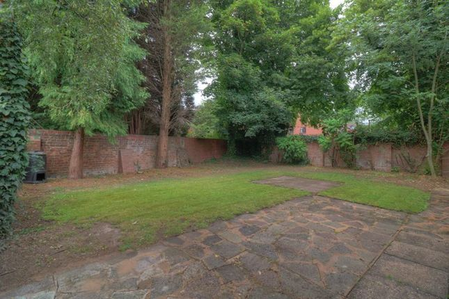 Photo 15 of Rees Drive, Wombourne, Wolverhampton WV5