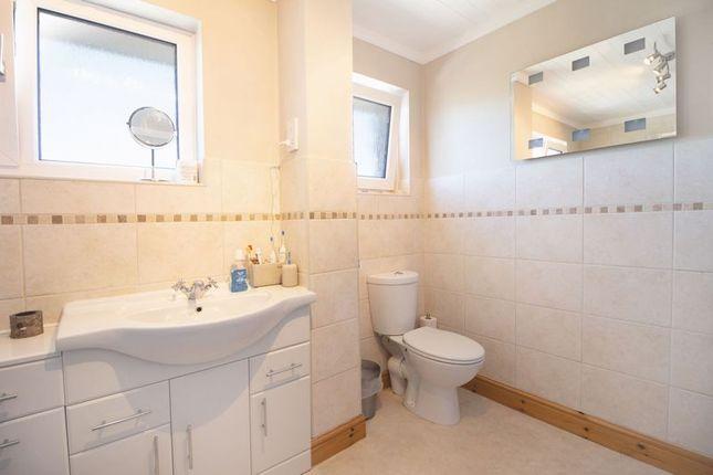 Bathroom of Durleigh Road, Brixham TQ5