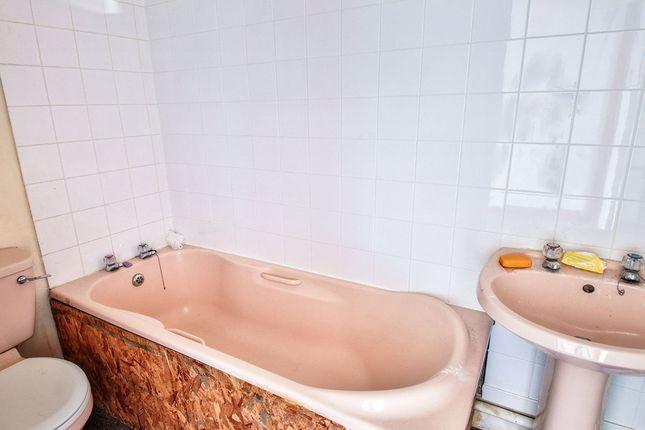 Bathroom of Stockbridge Road, Padiham, Burnley, Lancashire BB12