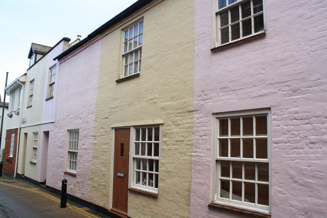 2 bed terraced house for sale in Millhams Street, Christchurch