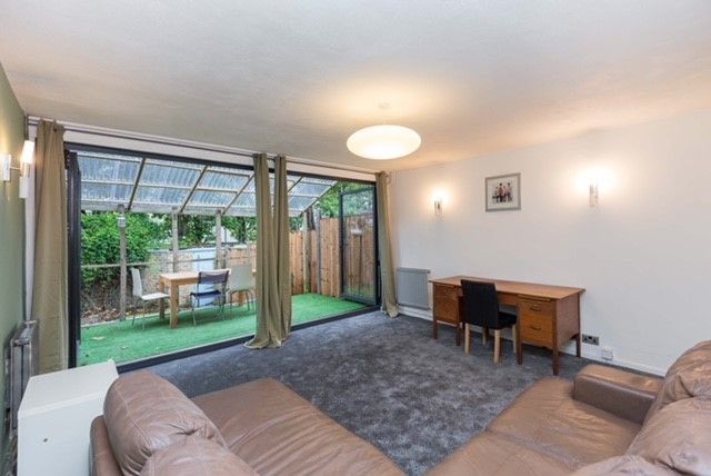 Thumbnail Terraced house to rent in Arundel Grove, London