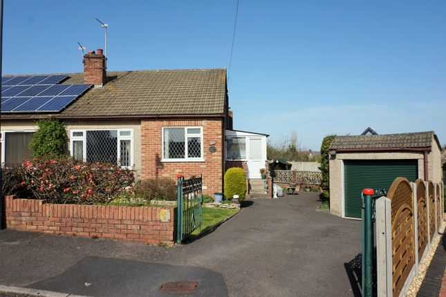 Thumbnail Bungalow for sale in Balmoral Road, Bristol