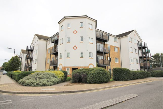 Thumbnail Flat for sale in 21 Enstone Road, Enfield