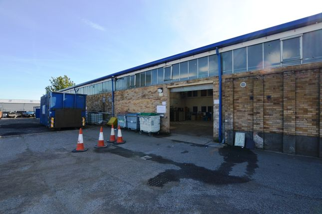 Warehouse to let in Dryburgh Industrial Estate, Dundee