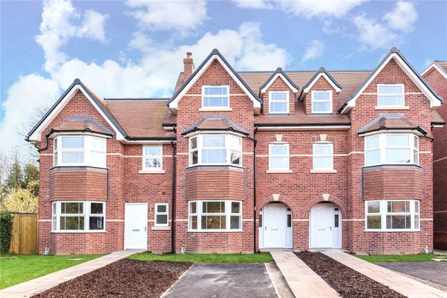 Thumbnail Town house to rent in Ivanhoe Close, Reading, Berkshire