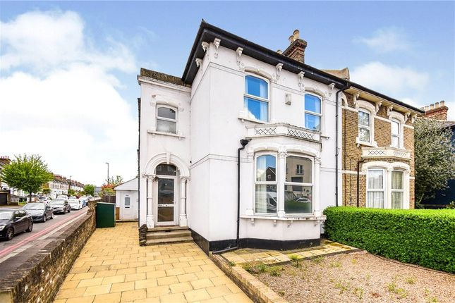 3 bed flat for sale in Stanstead Road, Forest Hill, London SE23