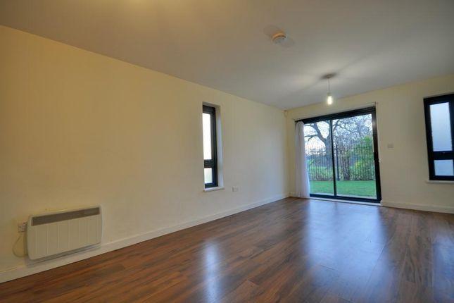 Thumbnail Flat to rent in Oak Tree Court, Broadfields, North Harrow, Middlesex
