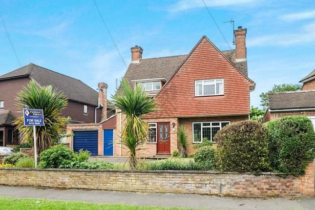 Thumbnail Detached house for sale in Ridgeway Crescent, Tonbridge, Kent, .