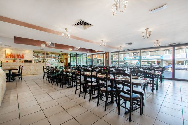 Thumbnail Restaurant/cafe to let in Brighton Road, Coulsdon
