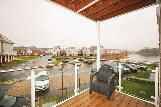 Thumbnail Flat for sale in Willow Close, Snodland