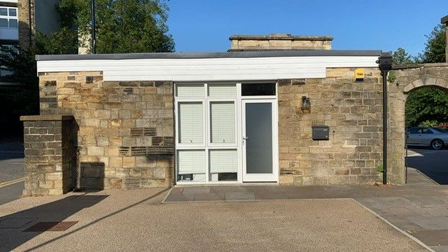 Studio to rent in Glossop Road, Sheffield S10
