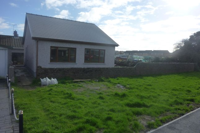 Thumbnail Bungalow to rent in Woodland Avenue, Porthcawl