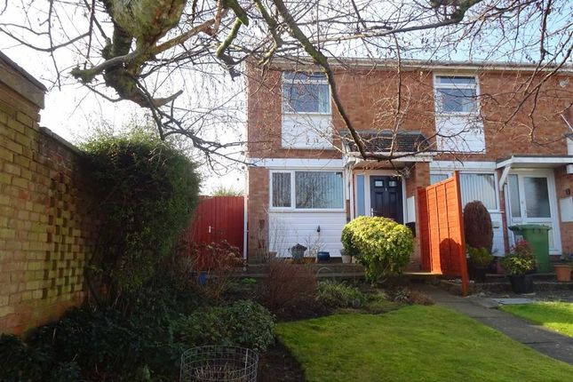 2 bed end terrace house for sale in Burrows Close, Whitnash, Leamington Spa