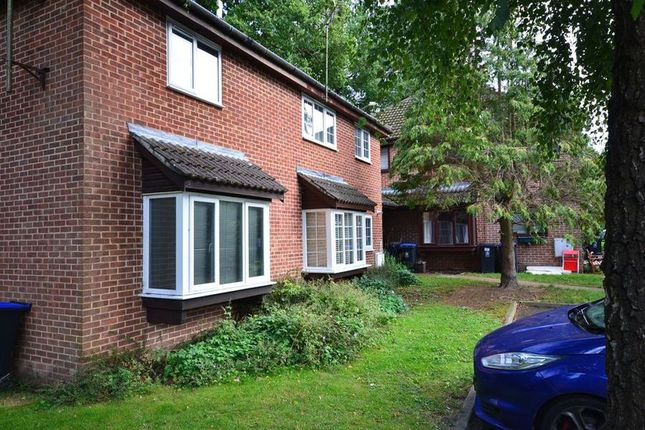 Thumbnail End terrace house to rent in Langtons Meadow, Farnham Common, Slough