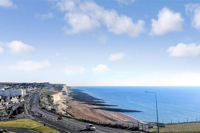 Thumbnail Town house for sale in Saltdean Drive, Saltdean, Brighton, East Sussex