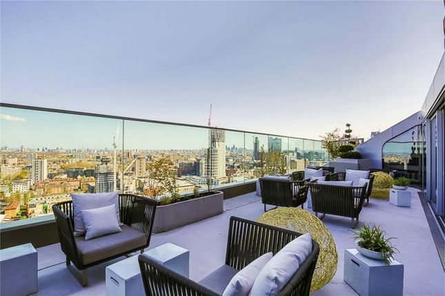 Thumbnail Flat to rent in Canaletto Tower, London