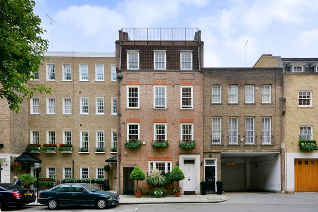 Thumbnail Terraced house for sale in Farm Street, Mayfair