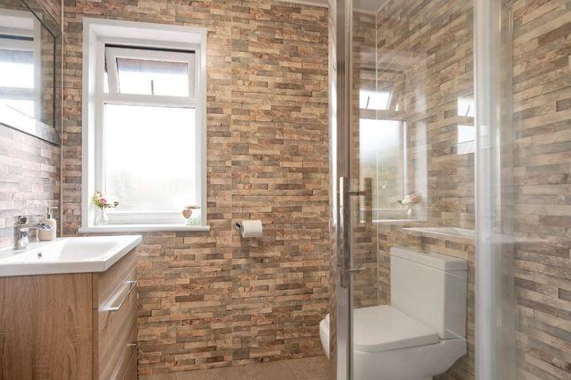 Bathroom of Jura Gardens, Old Kilpatrick G60