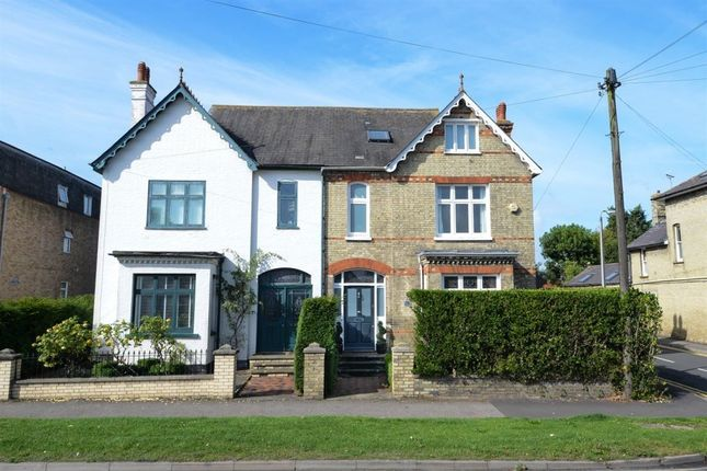Thumbnail Semi-detached house to rent in Old North Road, Royston, Herts