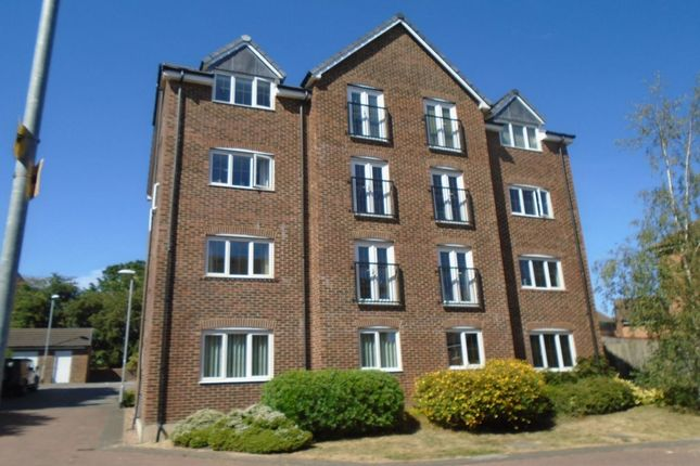 Thumbnail Flat for sale in Woodland Drive, Middleton, Leeds