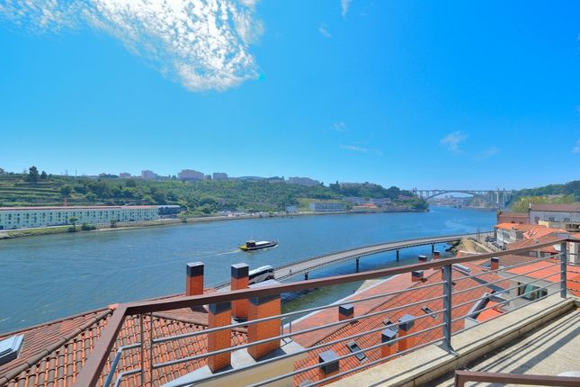 Thumbnail Apartment for sale in Porto, Porto, Portugal