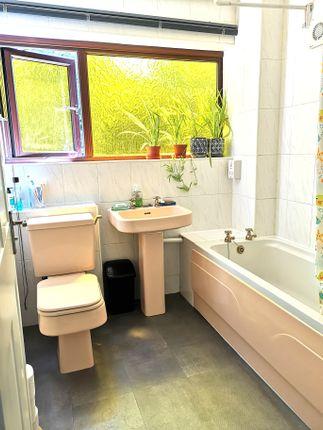 Funky Bathroom of Military Road, Gosport PO12
