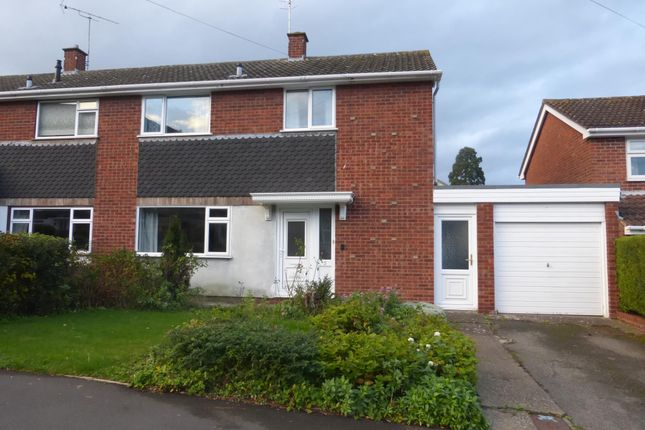 3 bed semi-detached house to rent in Grafton Close, Malvern