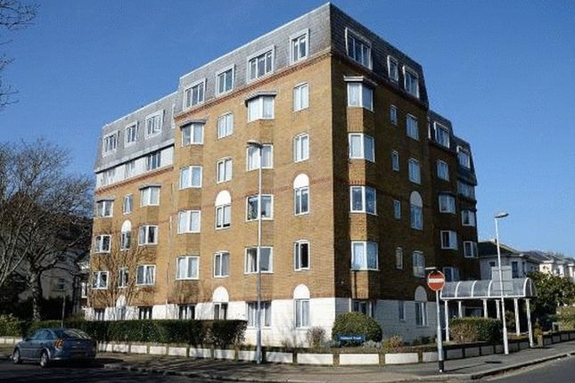 Thumbnail Flat for sale in Oakland Court, Gratwicke Road, Worthing
