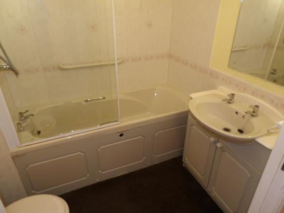Bathroom of Cwrt Bryn Coed, Coed Pella Road, Colwyn Bay, Conwy LL29