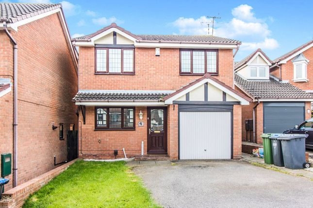 Thumbnail Detached house to rent in Eydon Close, Rugby