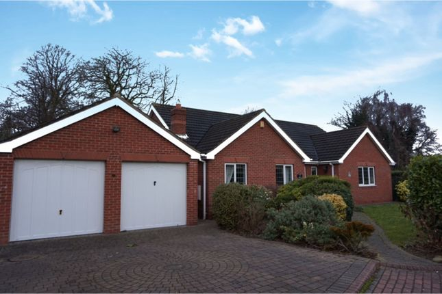 Thumbnail Detached bungalow for sale in Heatherdale Close, Grimsby